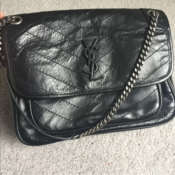 37be15e9e322 YSL Saint Laurent Quilted Niki Bag Black Silver. M 5b73234045c8b3b368bb2de1